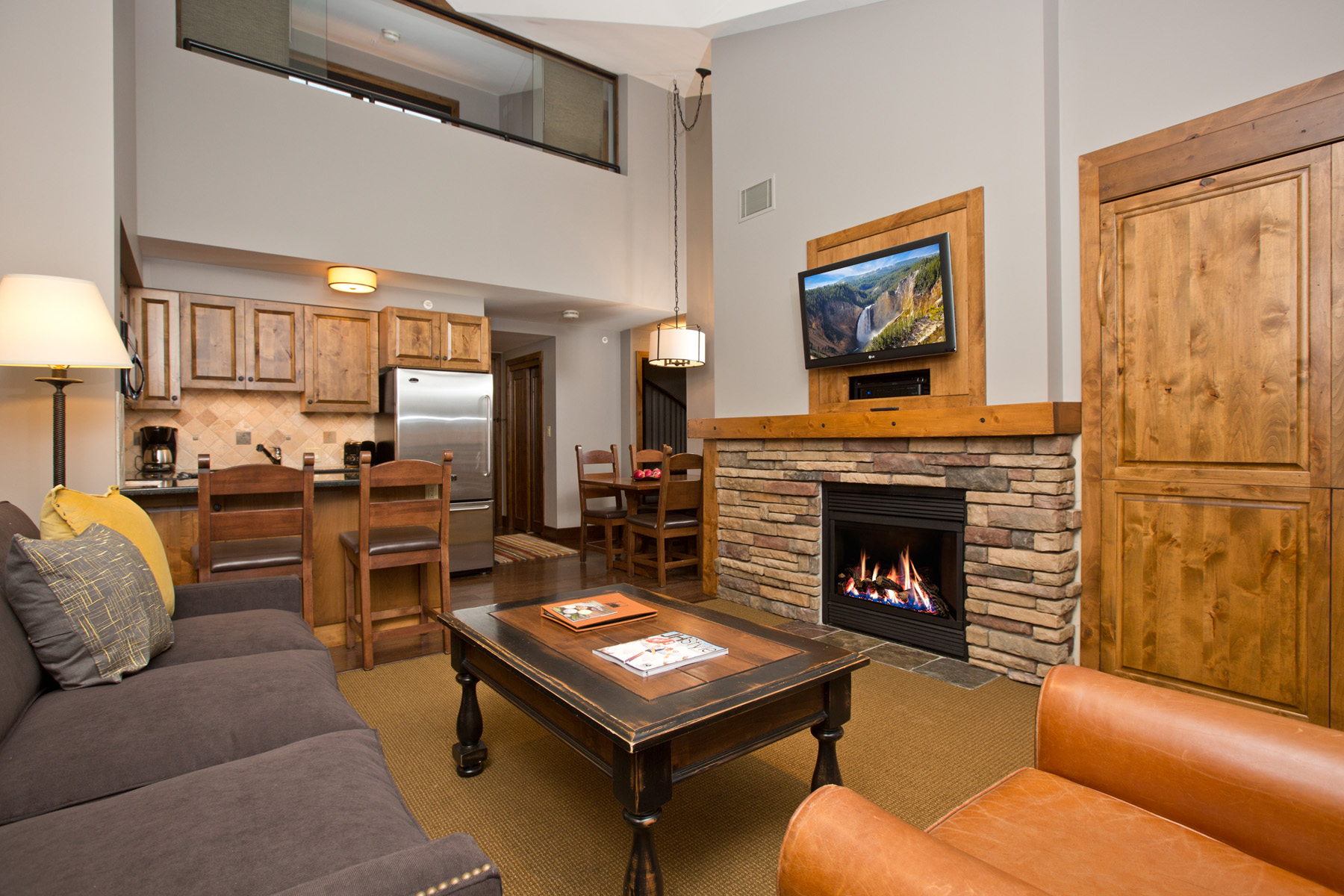 Piso por un Venta en Top Floor Mountain View at Teton Mountain Lodge 3385 W Village Dr. #506 Teton Village, Wyoming, 83025 Jackson Hole, Estados Unidos