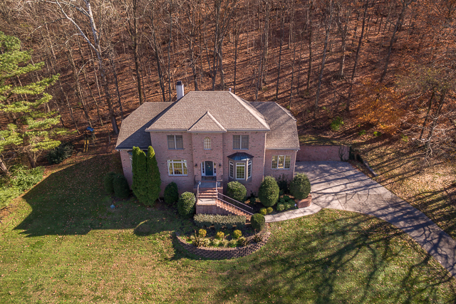 Einfamilienhaus für Verkauf beim Sought After Franklin Location 758 High Point Ridge Road Franklin, Tennessee 37069 Vereinigte Staaten