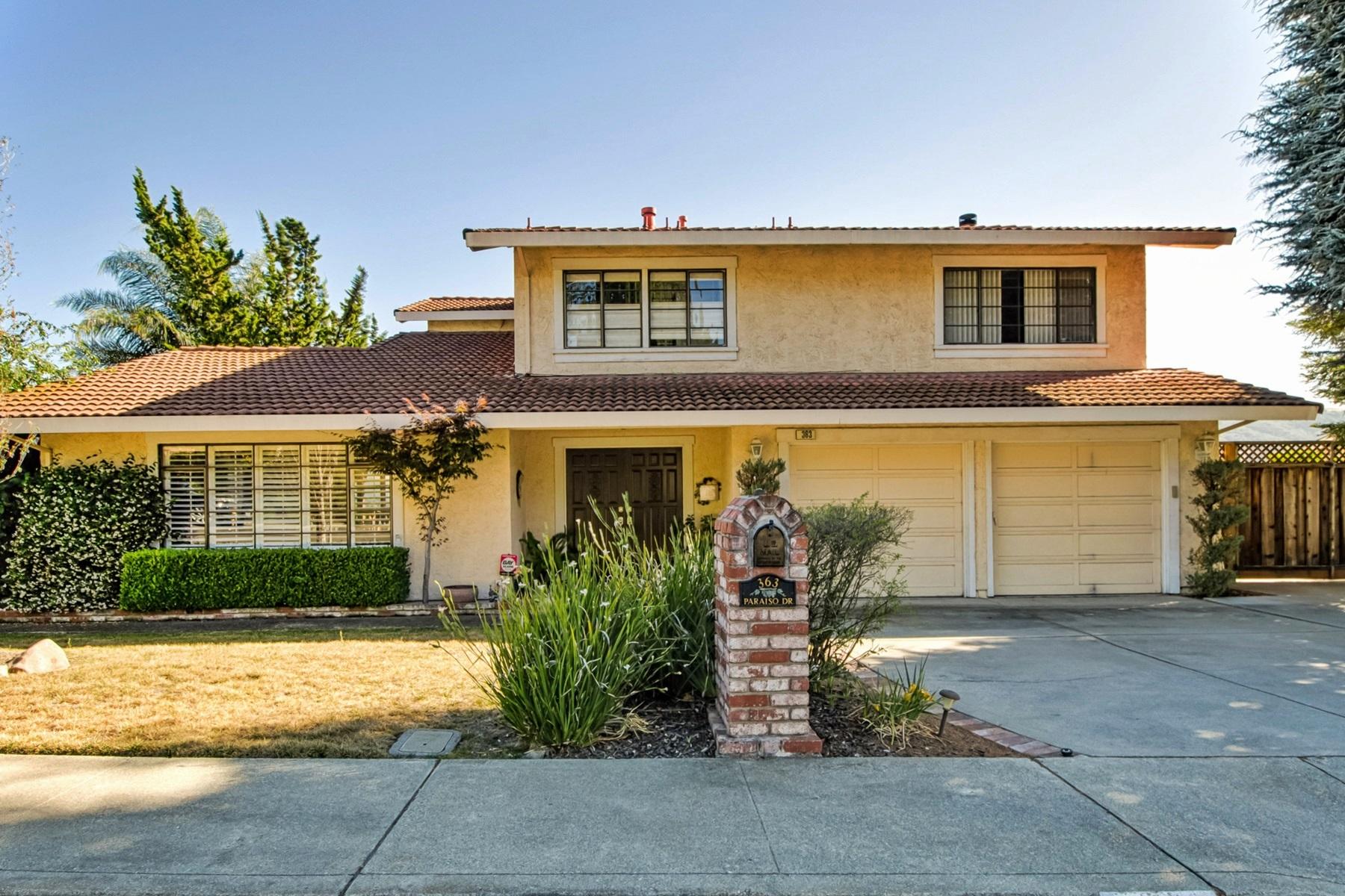 Casa para uma família para Venda às Spectacular Panoramic Views 363 Paraiso Drive Danville, Califórnia 94526 Estados Unidos