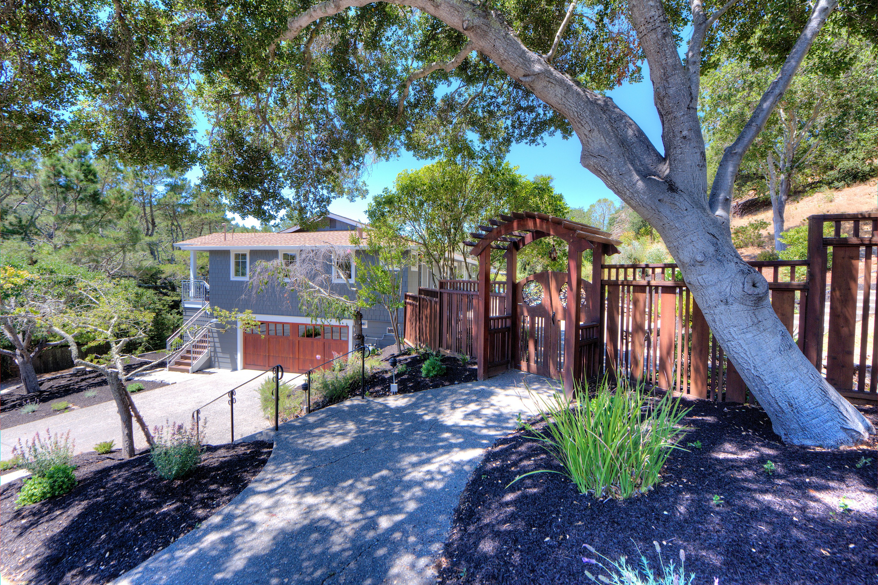 Single Family Home for Sale at Elegant Turn-Key on Large Lot 111 Sleepy Hollow Drive San Anselmo, California 94960 United States