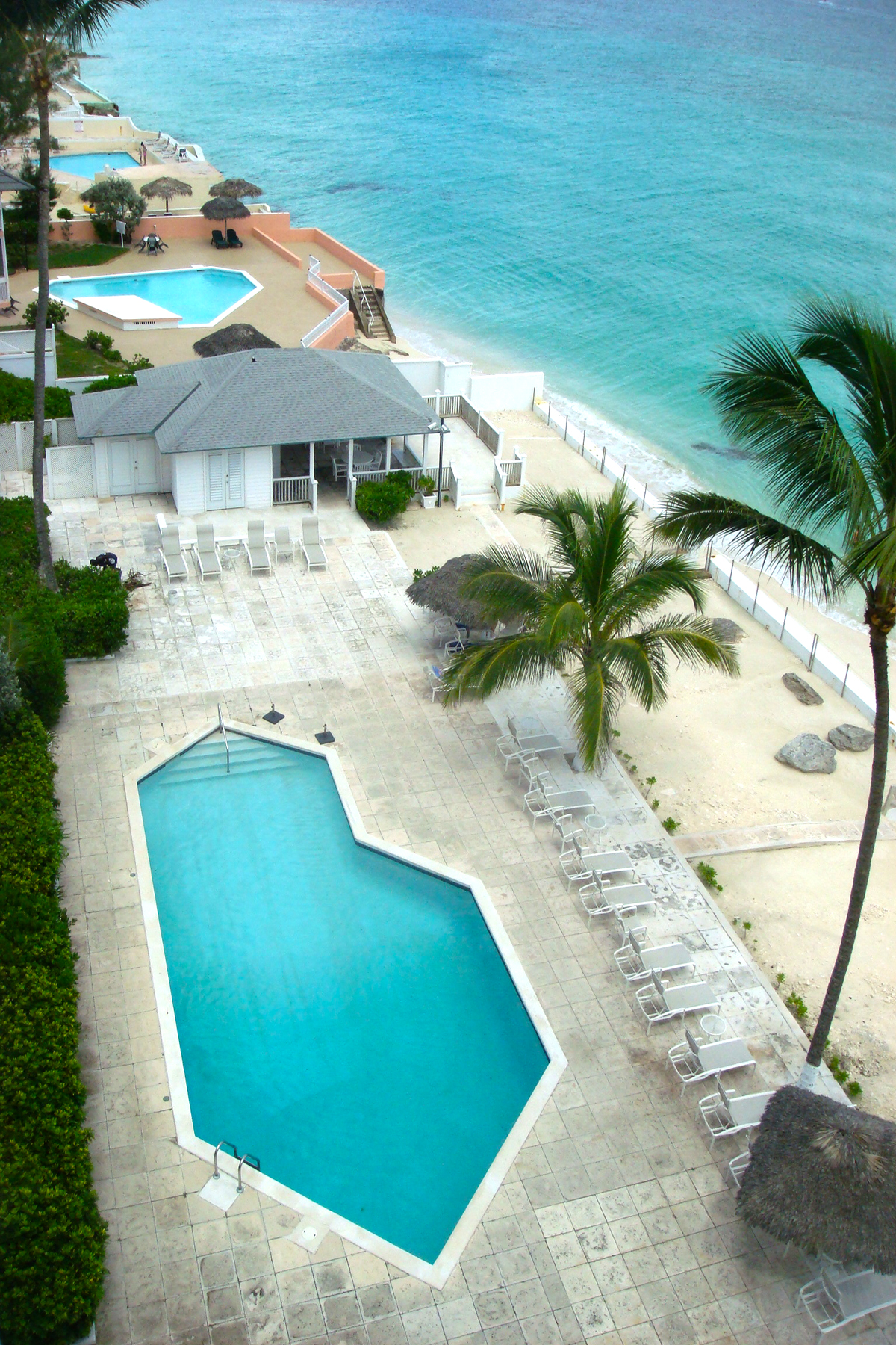 Additional photo for property listing at Conchrest Penthouse, Cable Beach Conchrest, Cable Beach, Nassau And Paradise Island Bahamas