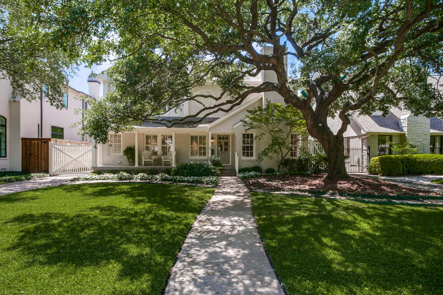 Single Family Home for Sale at University Park Traditional 4017 Southwestern Boulevard Dallas, Texas, 75225 United States