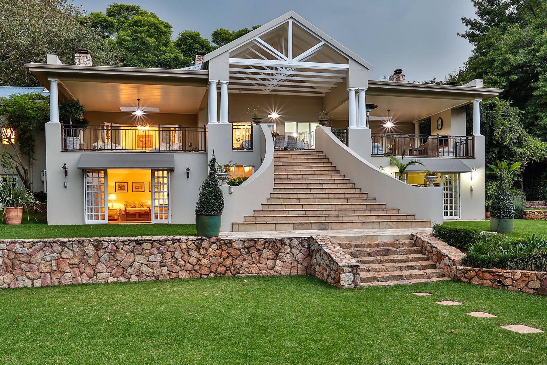 Villa per Vendita alle ore West Cliff Johannesburg, Gauteng, 2193 Sudafrica