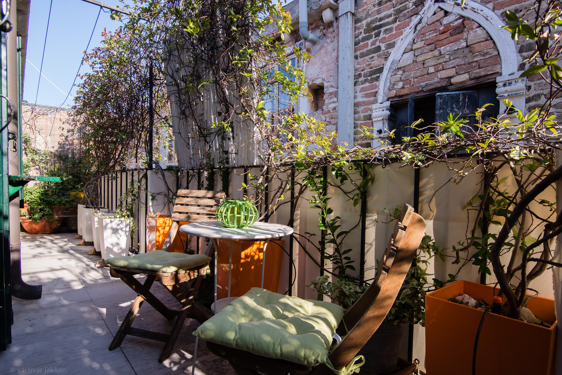 Additional photo for property listing at Charming Pied a Terre with Terrazzino  Castello Venezia, Venice Italy