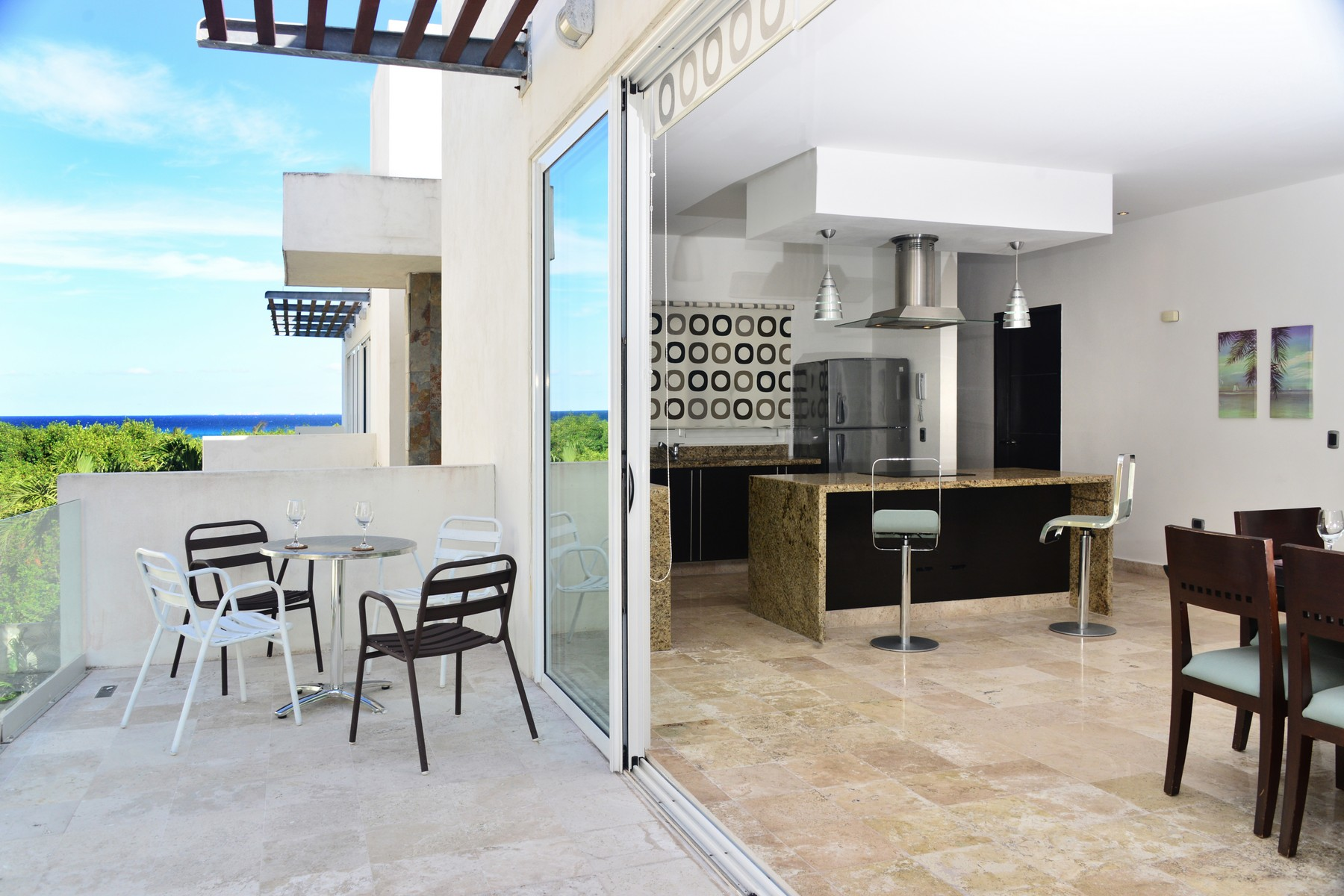 Single Family Home for Sale at EXQUISITE DOWNTOWN PENTHOUSE Downtown Penthouse Mamitas Village Avenida Cozumel Playa Del Carmen, Quintana Roo 77710 Mexico