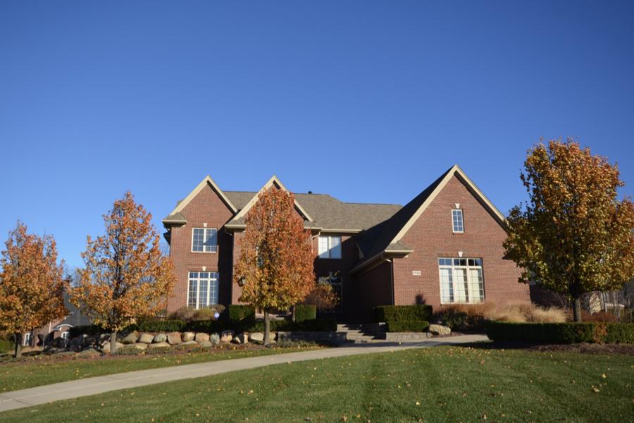 Maison unifamiliale pour l Vente à Rochester 2780 Addison Circle N Rochester, Michigan, 48306 États-Unis