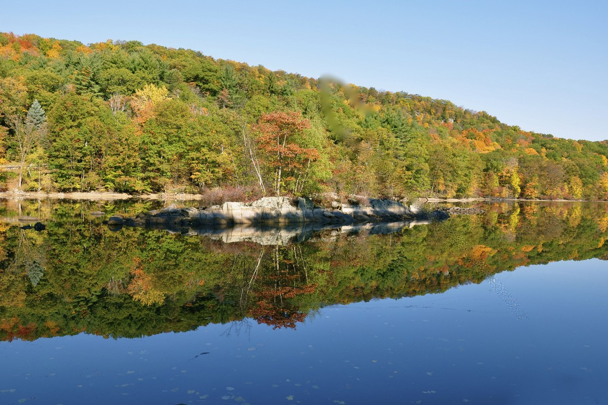 Land for Sale at Private Lakefront 30 Lorillard Rd Tuxedo Park, New York 10987 United States