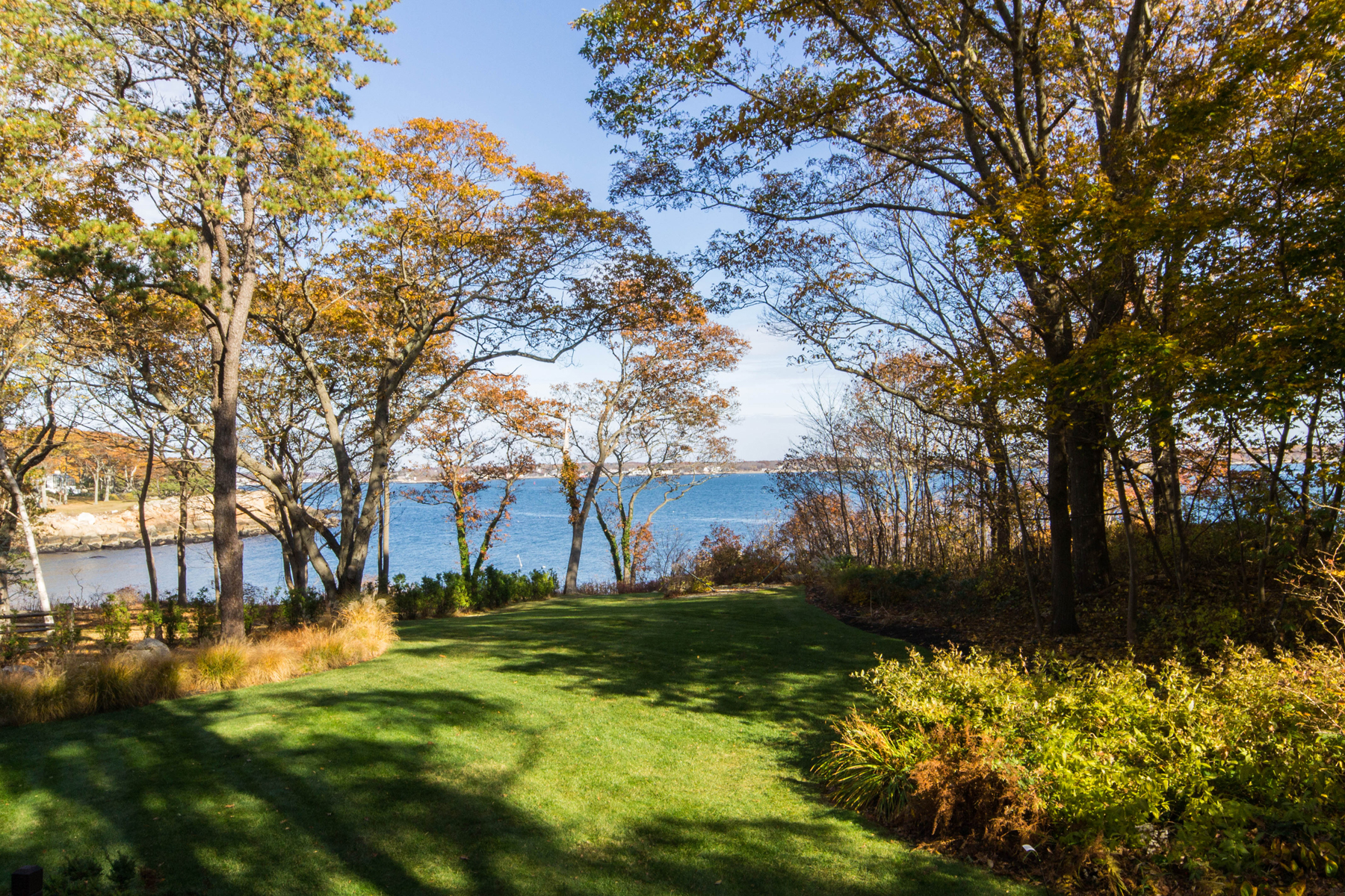 Property For Sale at Phenomenal Water Views