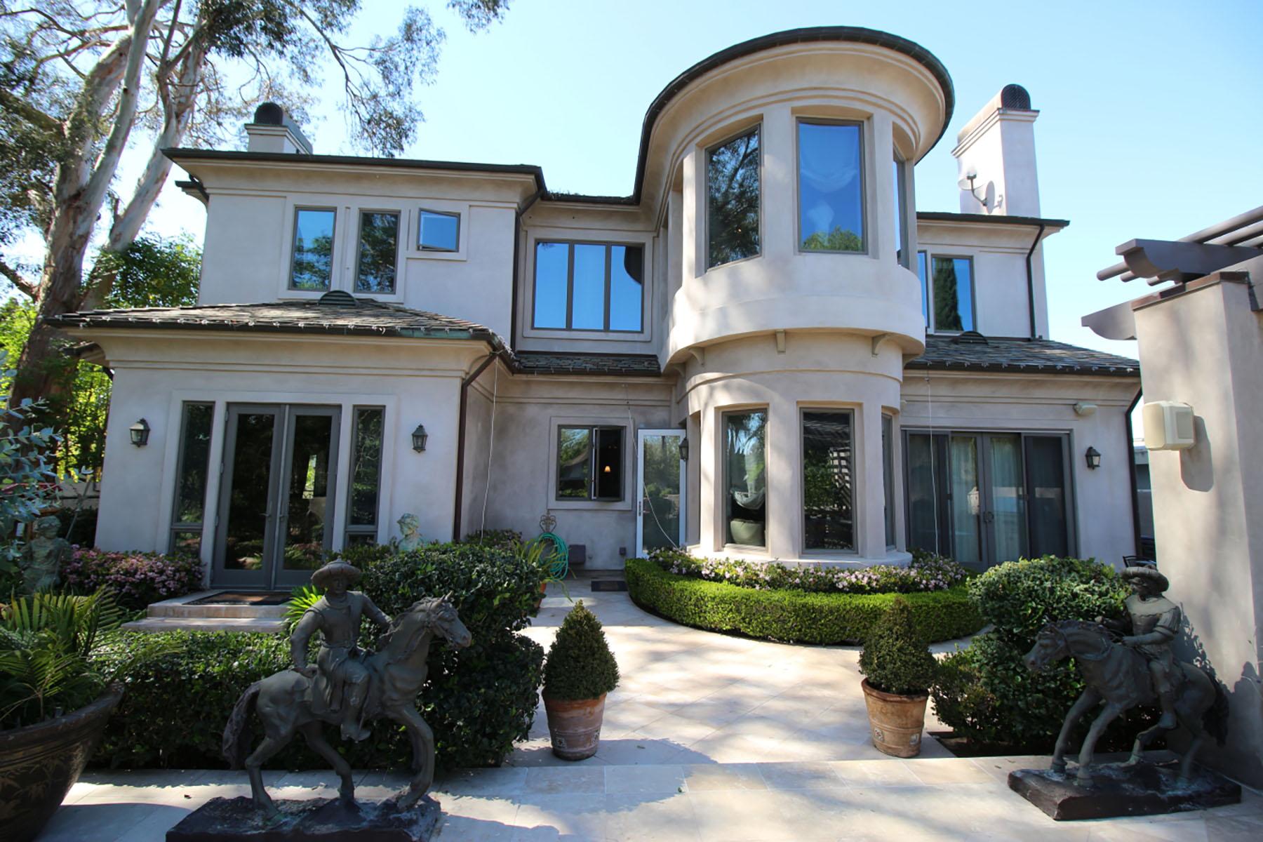 Vivienda unifamiliar por un Venta en 2364 Redlands Dr Newport Beach, California 92660 Estados Unidos