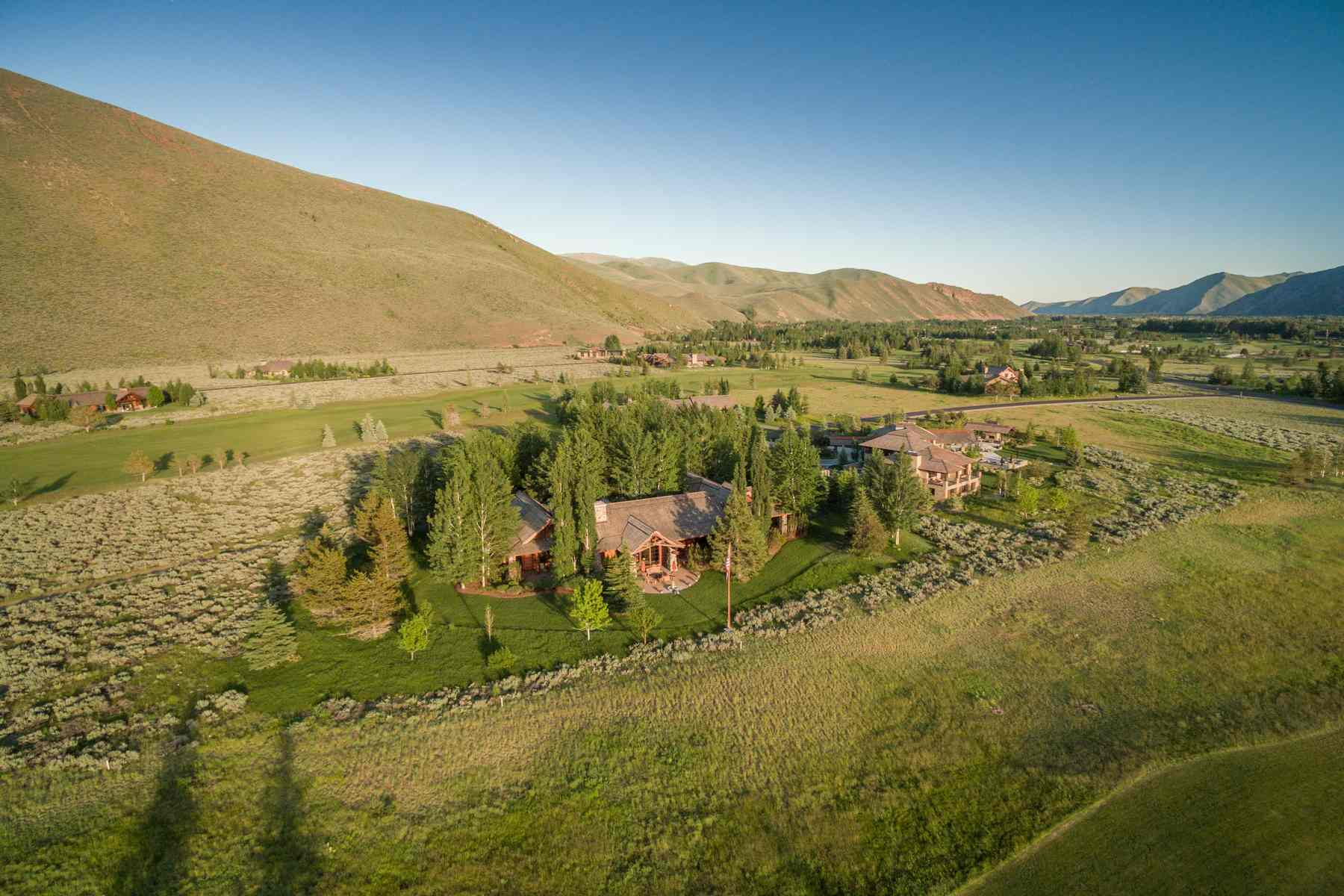 Single Family Home for Sale at Luxury on Fairway Five 35 Copper Creek Road Hailey, Idaho 83333 United States