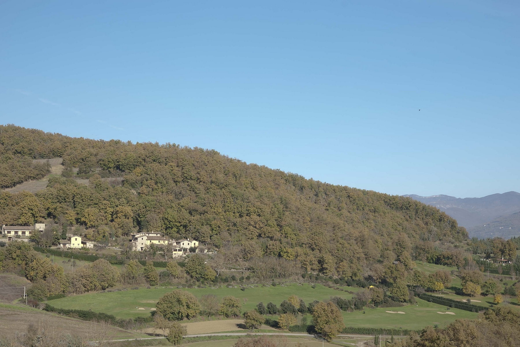Additional photo for property listing at Charming Golf Club with equestrian center and Spa Vocabolo Caldese Citta Di Castello, Perugia 61026 Italia