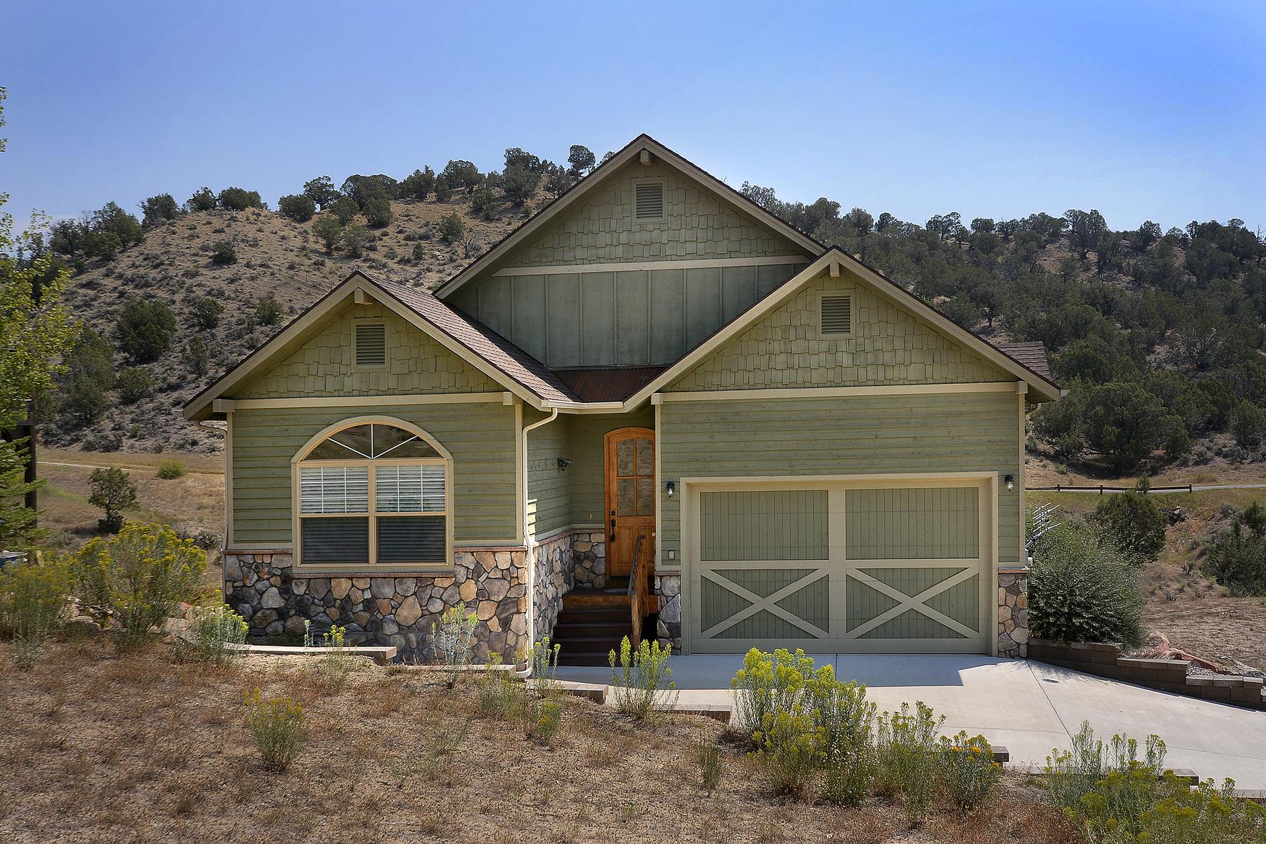 Maison unifamiliale pour l Vente à Lakota Canyon Ranch Home 28 Broken Wing New Castle, Colorado 81647 États-Unis