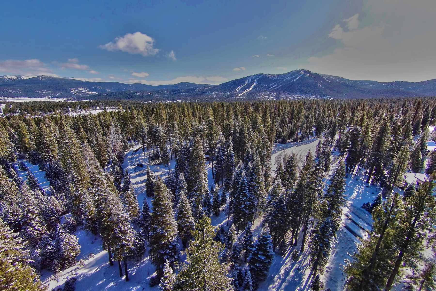 Land for Active at 8915 Elkhorn Court 8915 Elkhorn Court Lot 10 Truckee, California 96161 United States