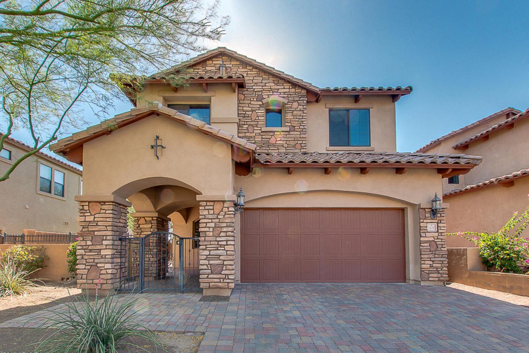 Maison unifamiliale pour l Vente à Beautiful Santa Barbara home 3638 N Sonoran Hills Mesa, Arizona, 85207 États-Unis