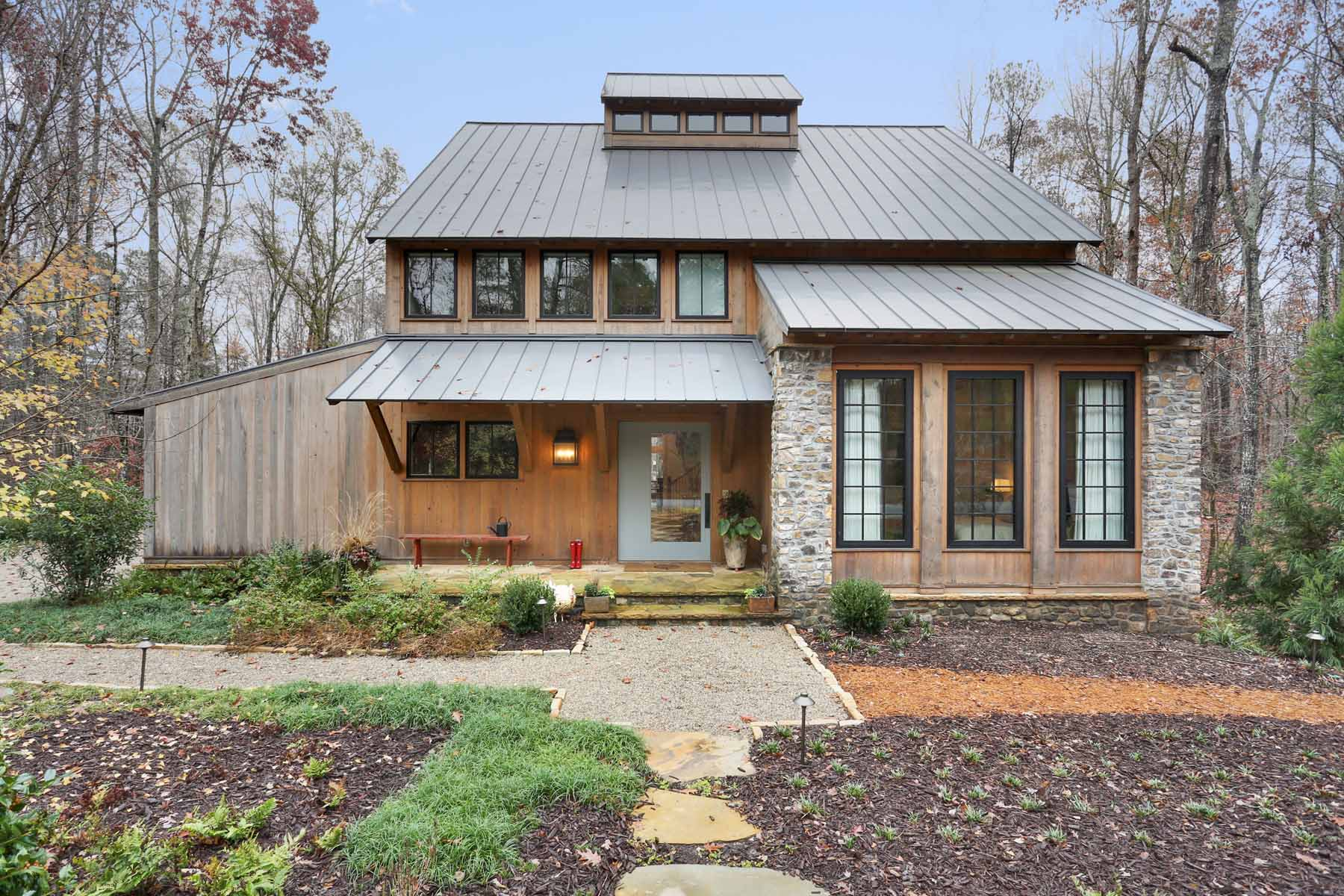 단독 가정 주택 용 매매 에 Serenbe Home Inspired by Sophisticated Farmhouse Look 9023 Selborne Lane Chattahoochee Hills, 조지아, 30268 미국