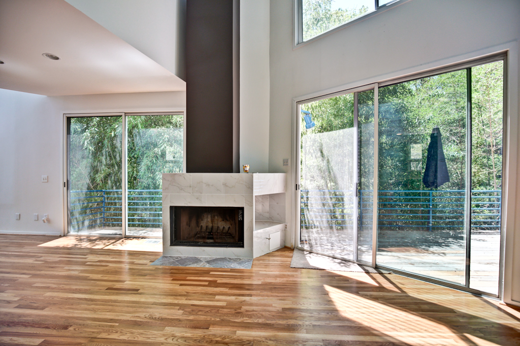Additional photo for property listing at Ultra Sleek Contemporary In Buckhead/Peachtree Hills 335 Eureka Drive NE Atlanta, Georgia 30305 Hoa Kỳ