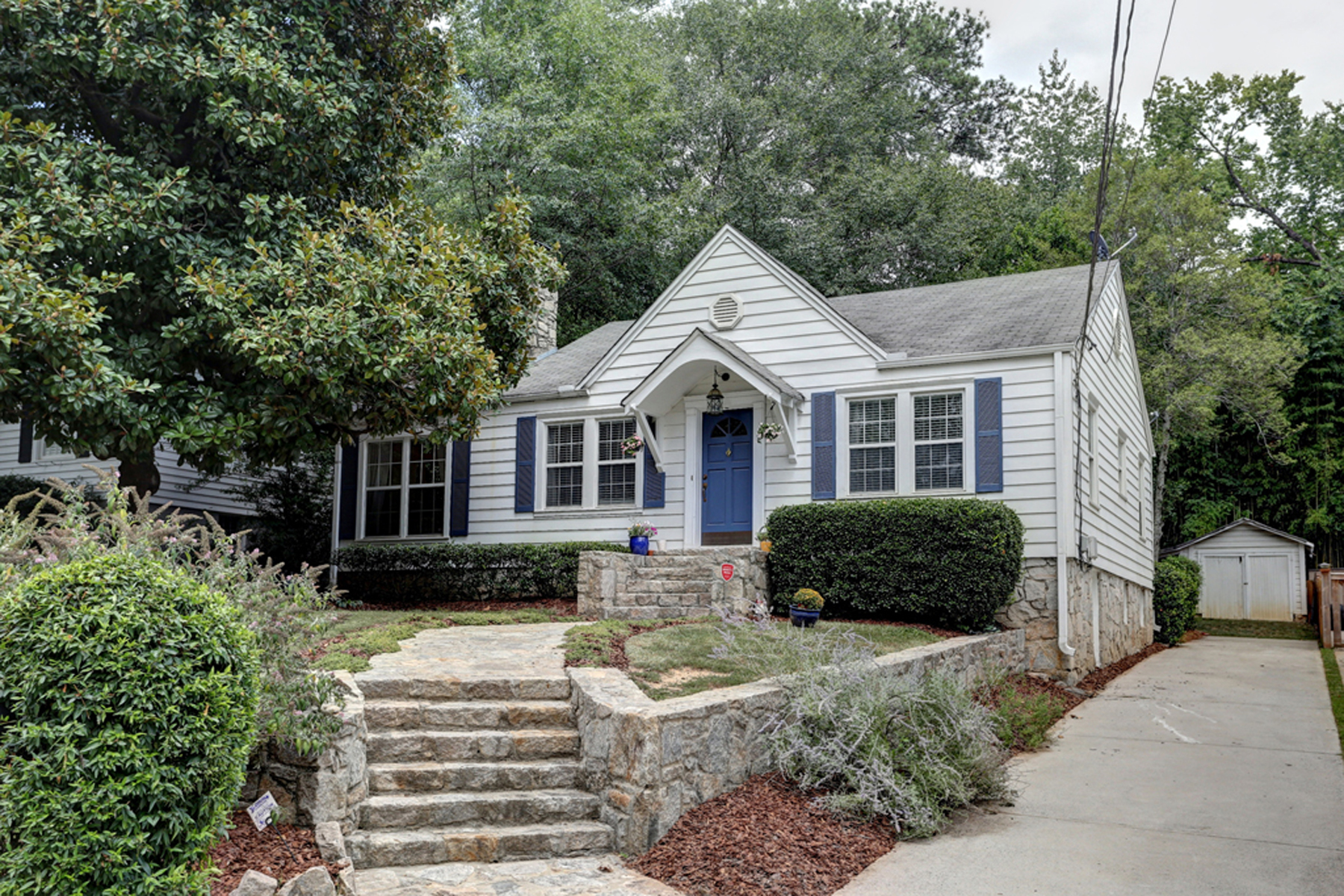 Single Family Home for Sale at Super Cute Peachtree Hills Bungalow 2279 Stephen Long Drive NE Peachtree Hills, Atlanta, Georgia, 30305 United States