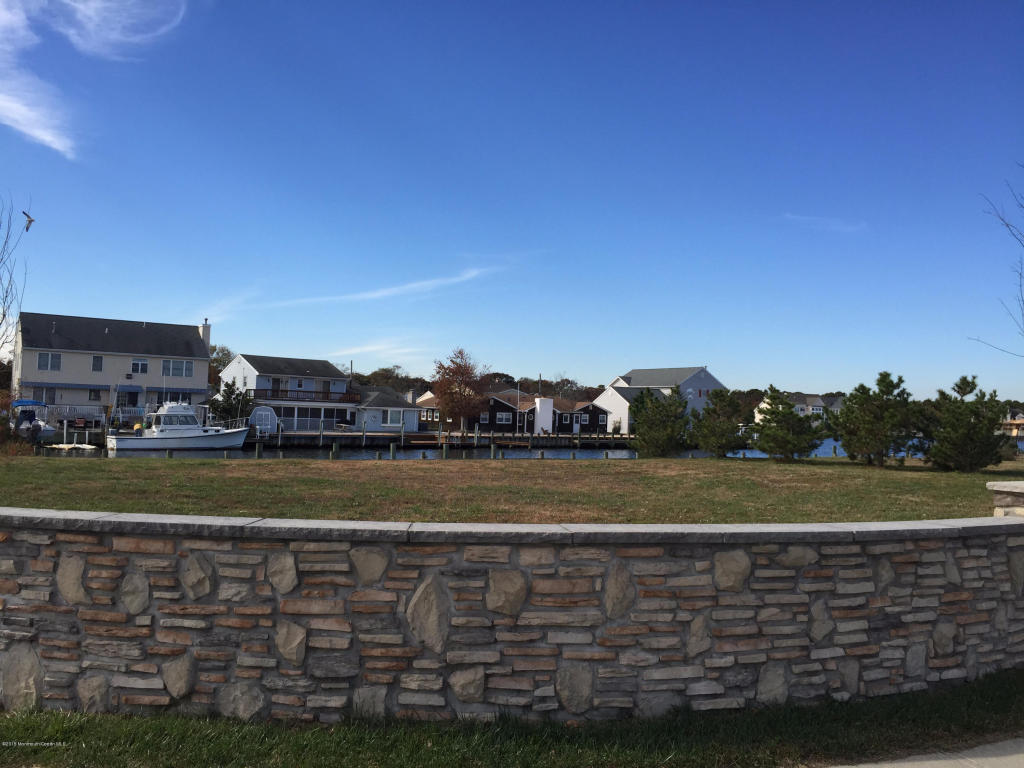 Terreno para Venda às Spectacular Waterfront Property 122 Northeast Drive Brick, Nova Jersey, 08724 Estados Unidos