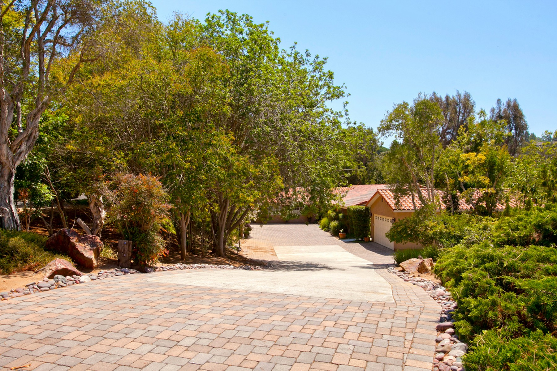 Additional photo for property listing at 13267 Silver Saddle Lane  Poway, Калифорния 92064 Соединенные Штаты