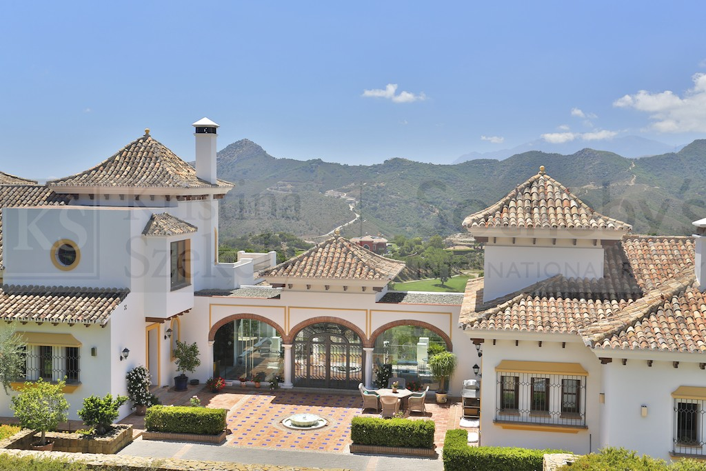 Property Of Spectacular and unique villa