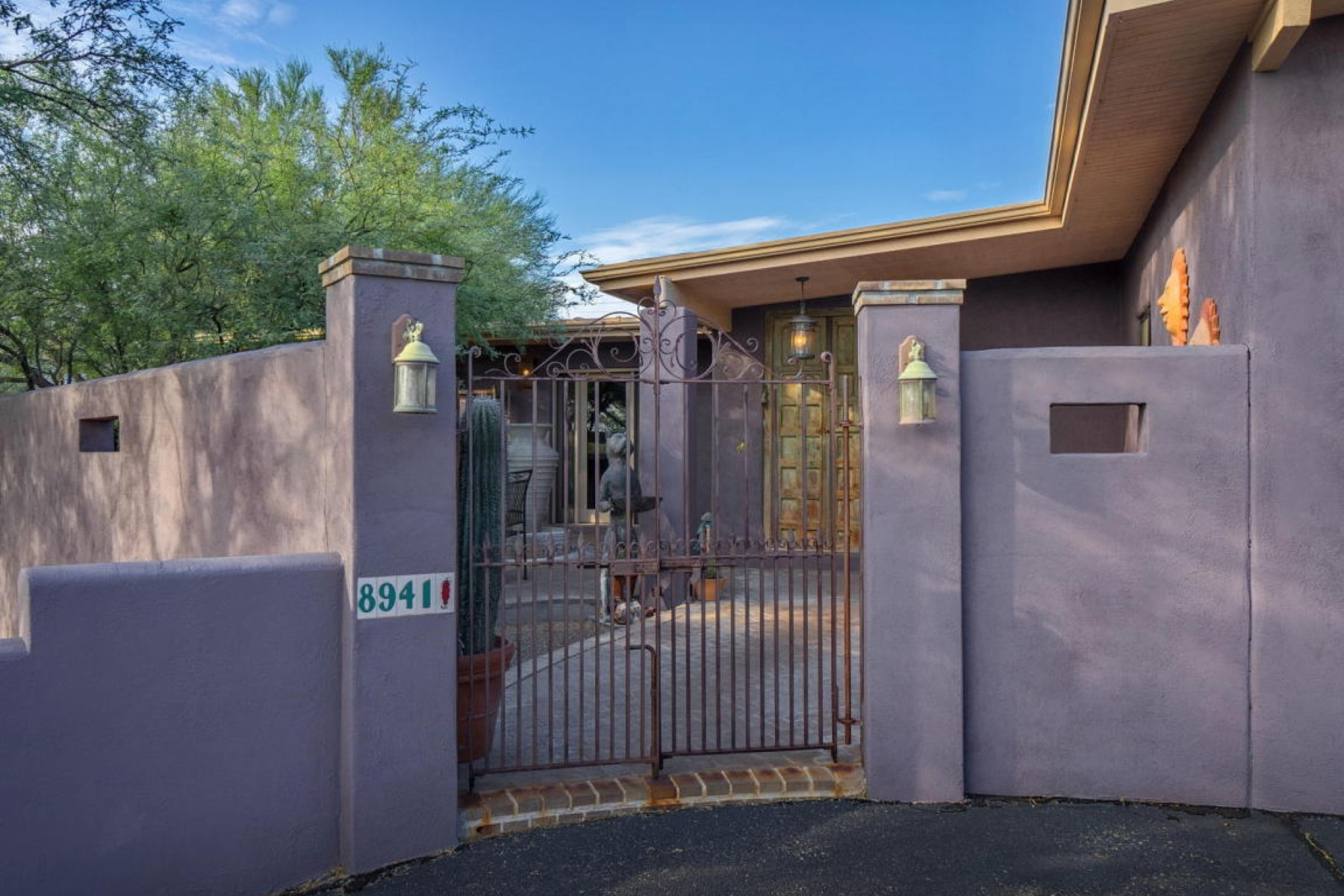 Single Family Home for Sale at Magical and special property in Tucson 8941 E Summer Tr Trail Tucson, Arizona 85749 United States