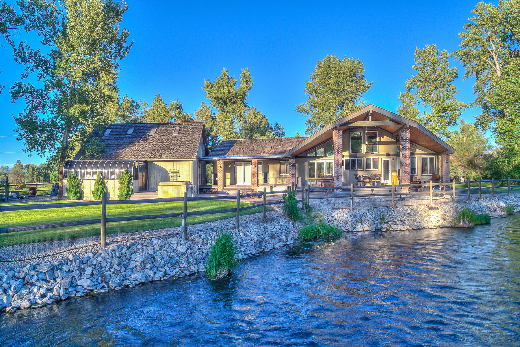 Single Family Home for Sale at 162 Flanagin Stevensville, Montana 59870 United States