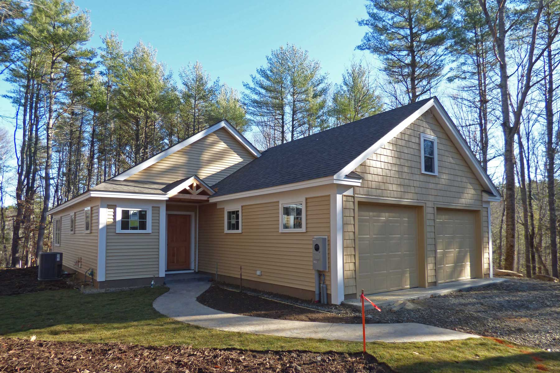 Single Family Home for Sale at Recently Completed Home in Lewis Farm 8 Coopers Way Kittery, Maine, 03904 United States