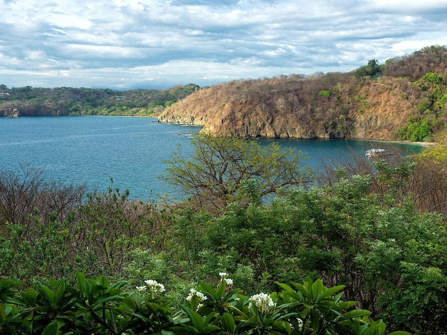 Single Family Home for Sale at Four Seasons Private Villa 4922 Calle la Rana Peninsula Papagayo Liberia, 50302 Costa Rica