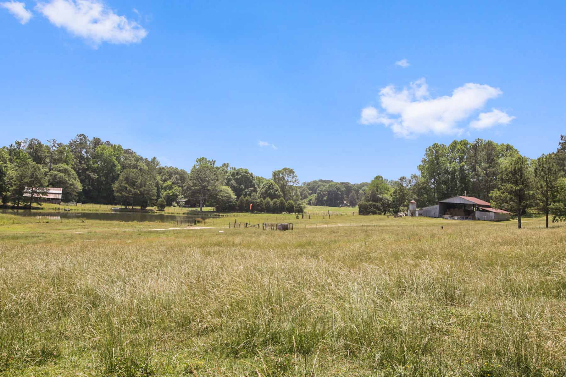 Land for Active at Rolling Pastures With Ponds and Beautiful Hardwoods 7770 Jones Ferry Road Chattahoochee Hills, Georgia 30268 United States