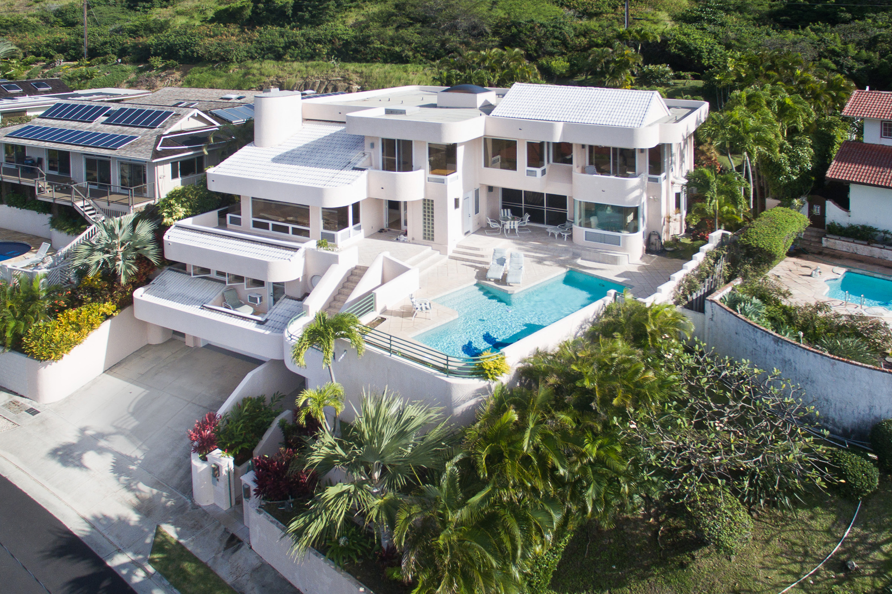 Property For Sale at Elegant Portlock Living
