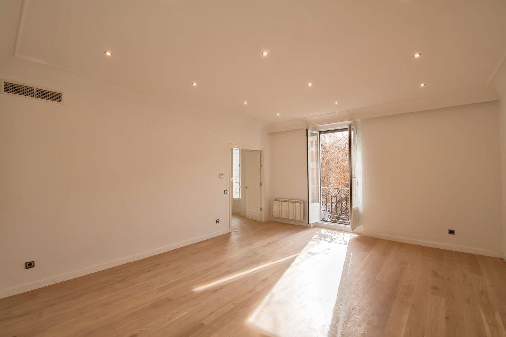 Single Family Home for Sale at Piso a estrenar en el Barrio de Salamanca Other Spain, Other Areas In Spain Spain