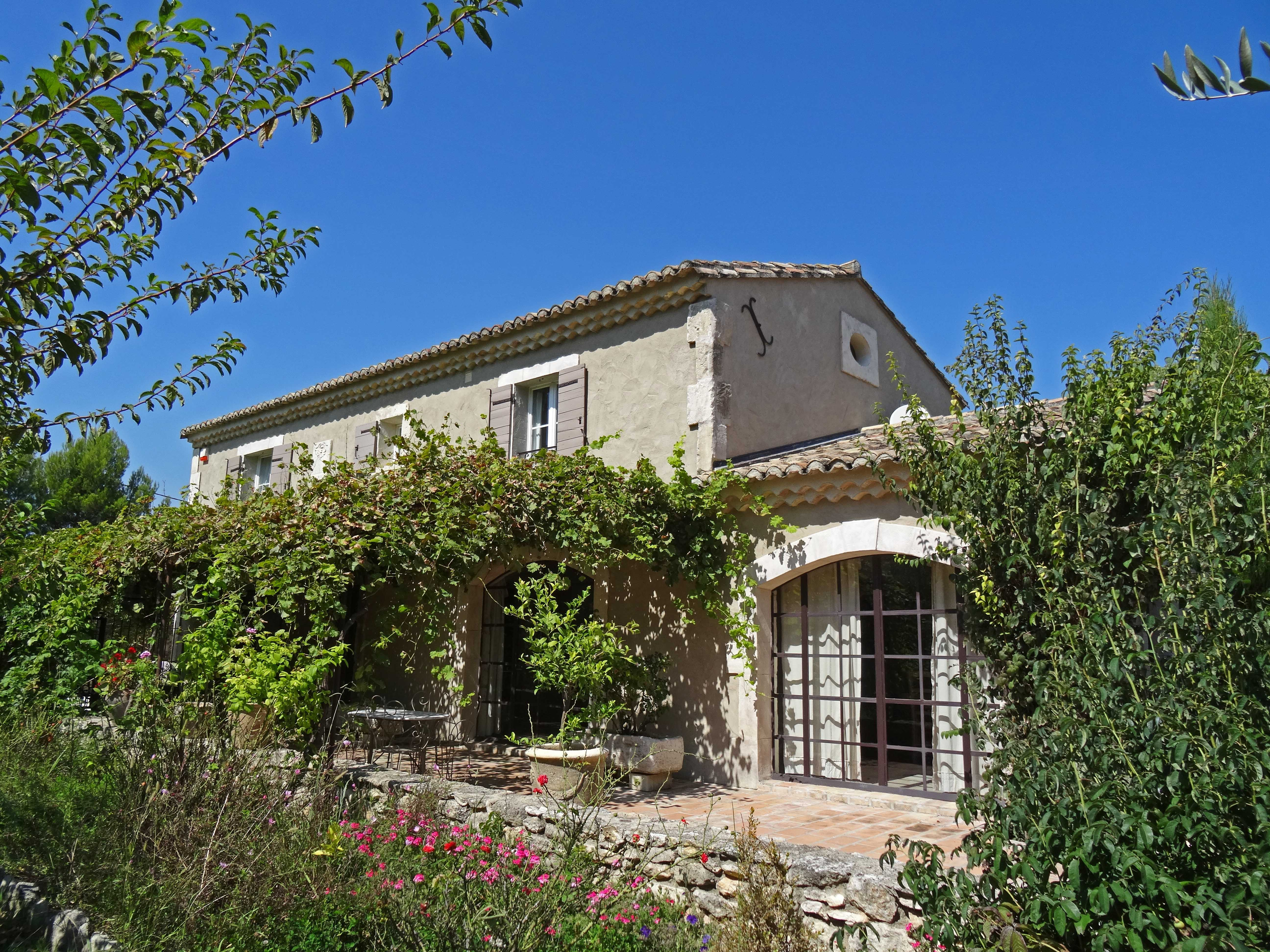 Single Family Home for Sale at Charming stone house in St Remy de Provence Saint Remy De Provence, Provence-Alpes-Cote D'Azur 13210 France