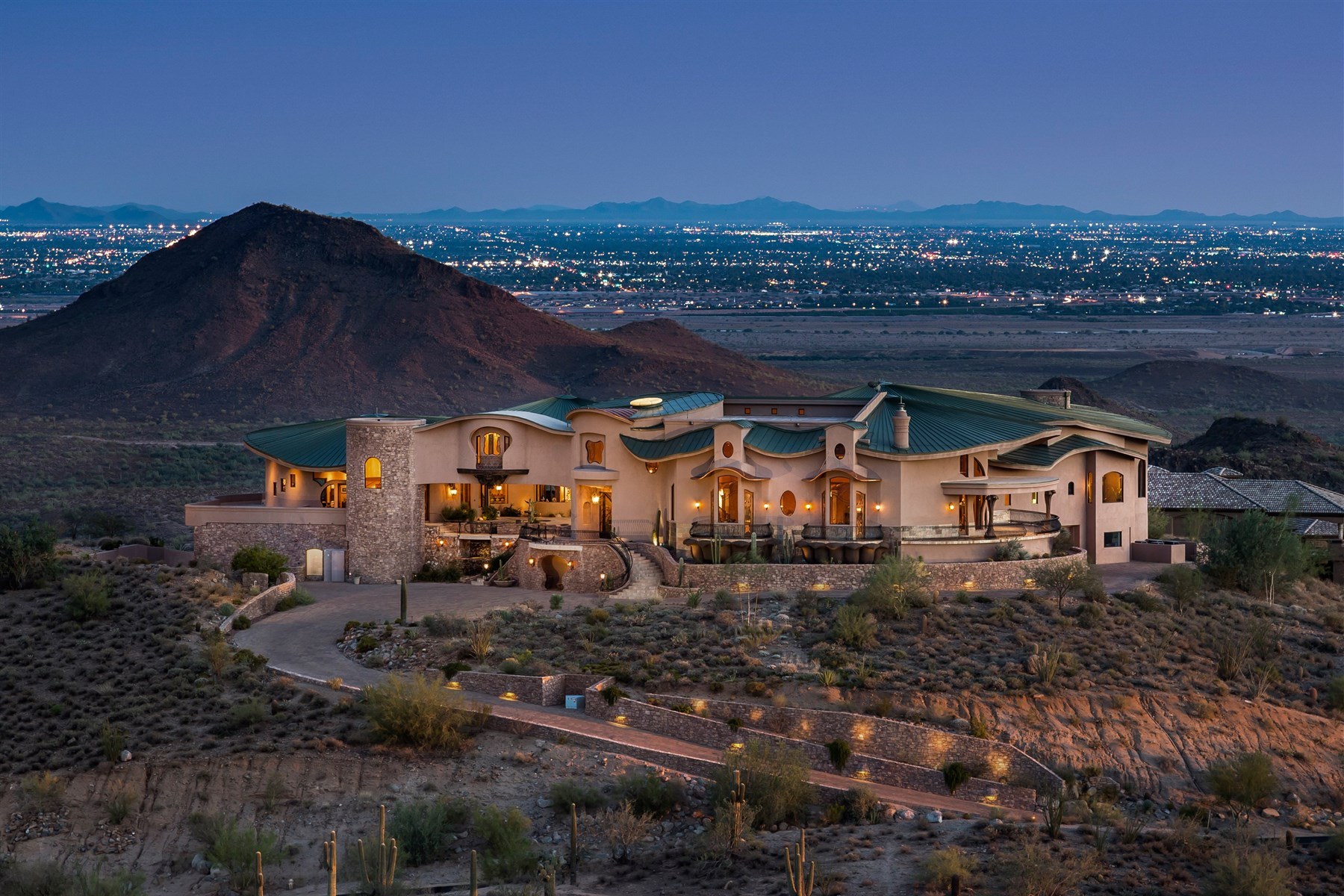 Property For Sale at Arizona's Ultimate Mountain Estate
