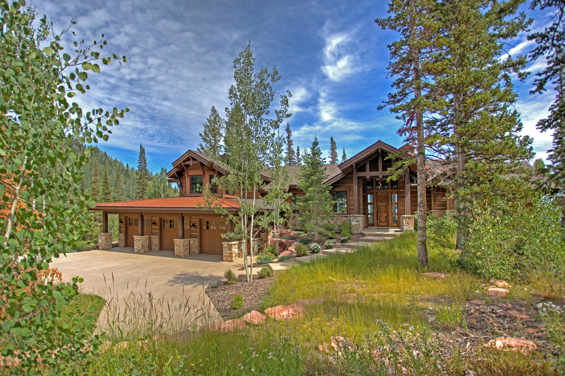 独户住宅 为 销售 在 Top of the Mountain Retreat 137 White Pine Canyon Rd Lot 130 Park City, 犹他州 84098 美国