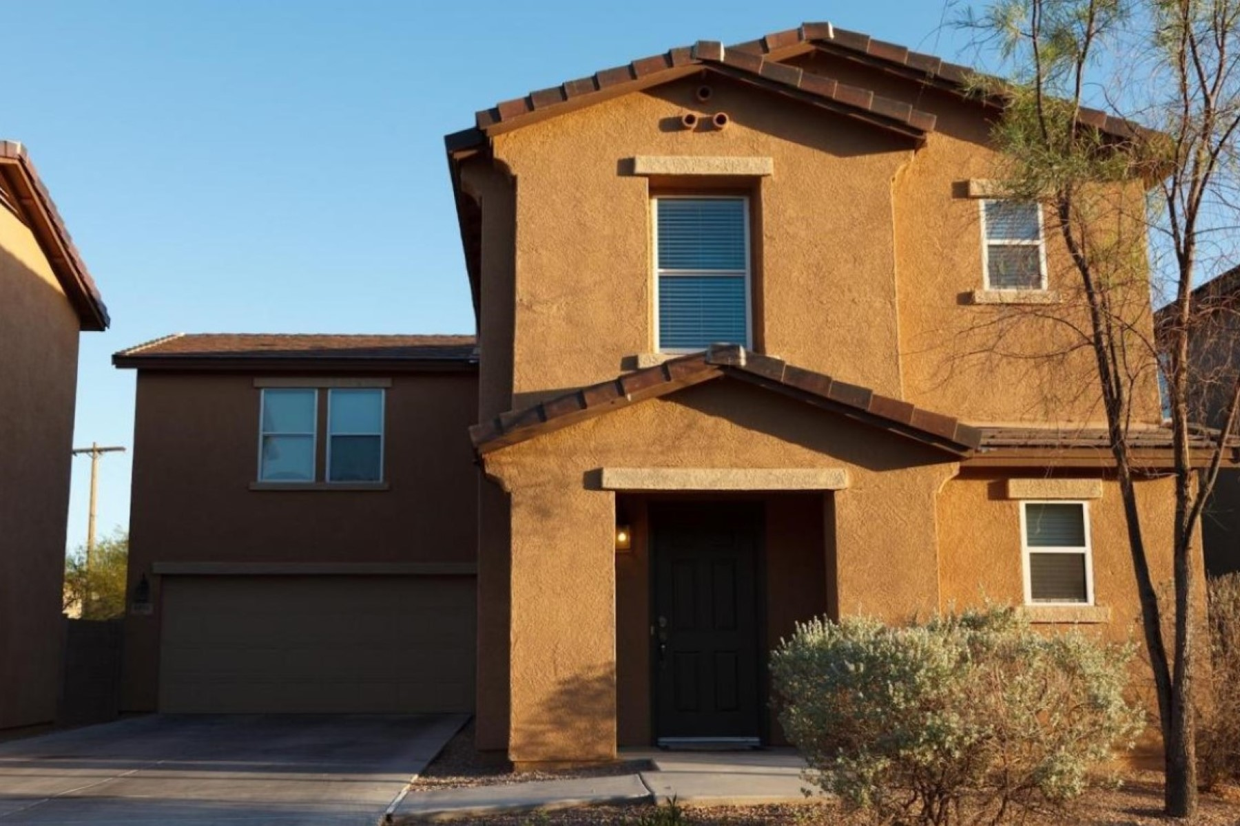 Vivienda unifamiliar por un Venta en Upgraded Home In Desirable Central Community Of Riverhaven 4202 E Wading Pond Drive Tucson, Arizona 85712 Estados Unidos