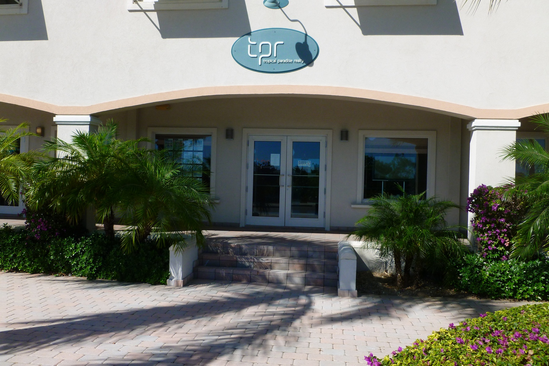 Additional photo for property listing at Ocean Club Plaza 106  Grace Bay, Providenciales TCI BWI Islas Turcas Y Caicos