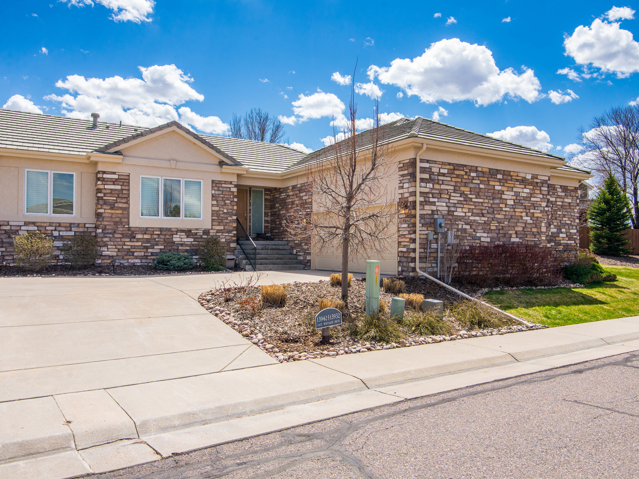 Townhouse for Sale at 13932 E Whitaker Dr Aurora, Colorado, 80015 United States
