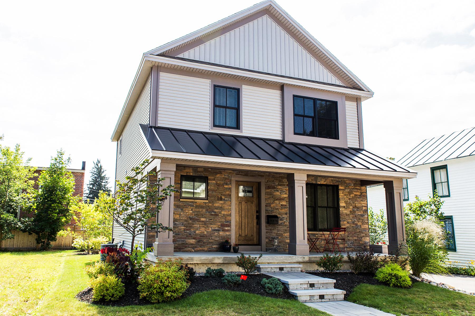Nhà ở một gia đình vì Bán tại Eastside Alley Location 18 Diamond Place Saratoga Springs, New York 12866 Hoa Kỳ
