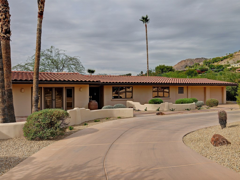 Property For Sale at Recently Remodeled Paradise Valley Home with Gorgeous Mountain Views