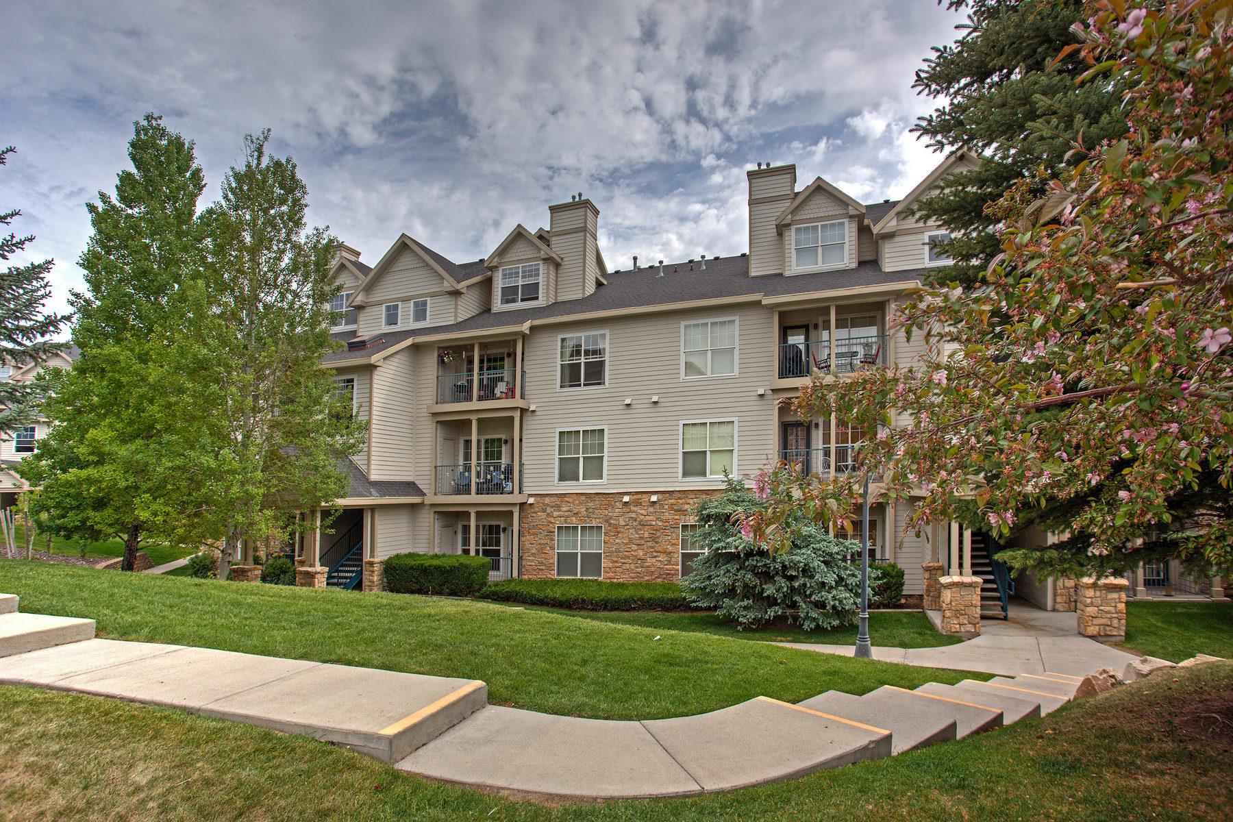 共管物業 為 出售 在 Main Level One Bedroom Canyon Creek 900 Bitner Rd #F15 Park City, 猶他州, 84098 美國