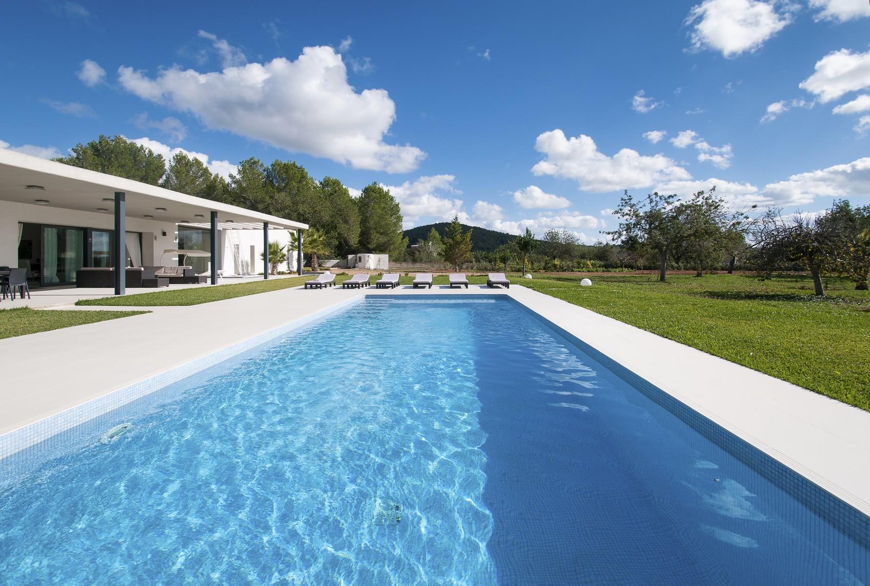 独户住宅 为 销售 在 Modern Villa in Santa Gertrudis Countryside Ibiza, 西亚特 07814 西班牙
