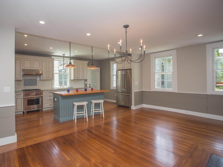 Additional photo for property listing at Historic Hill 103 Mill Street 纽波特, 罗得岛 02840 美国