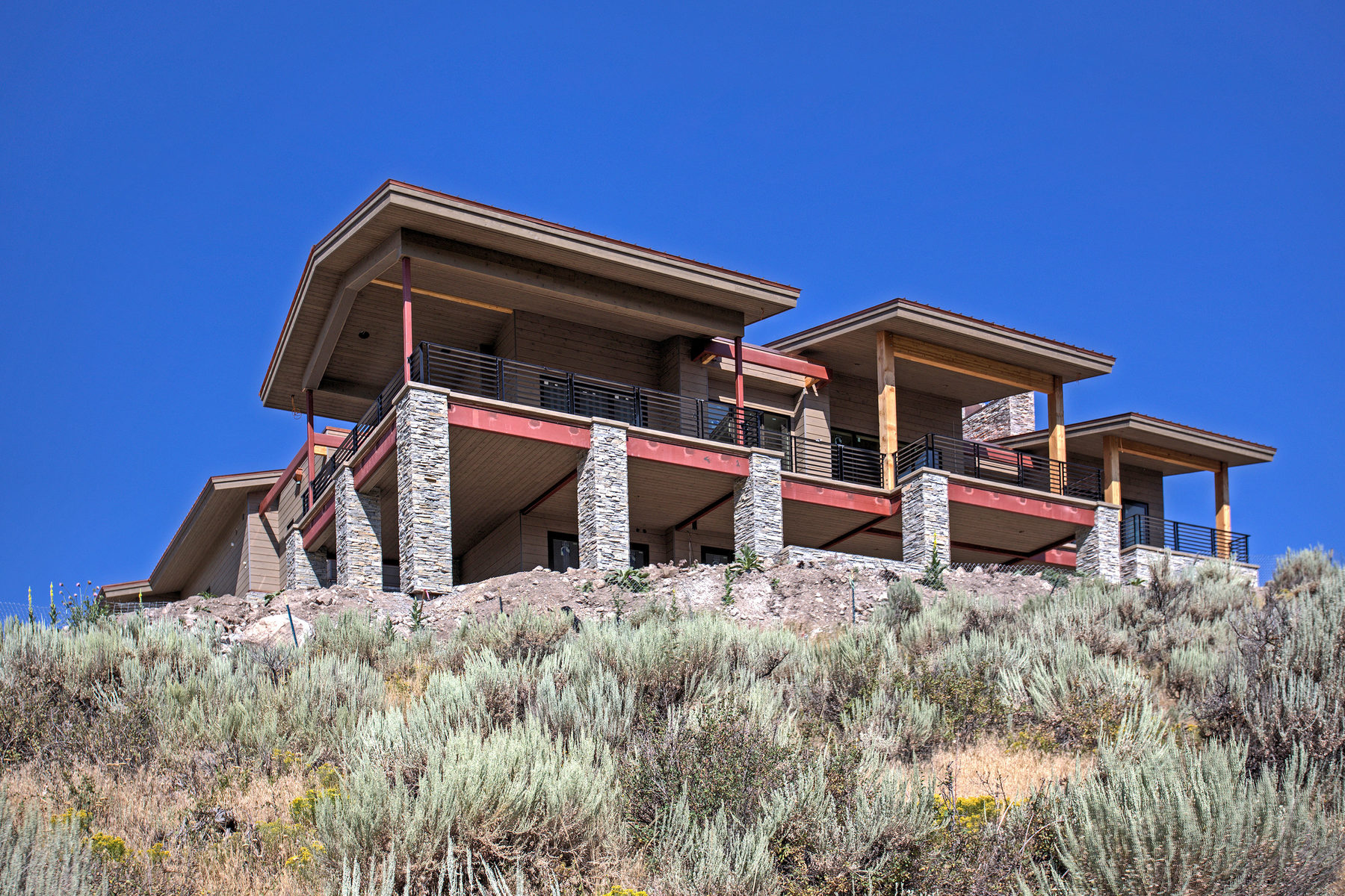 sales property at Awesome Mountain Views