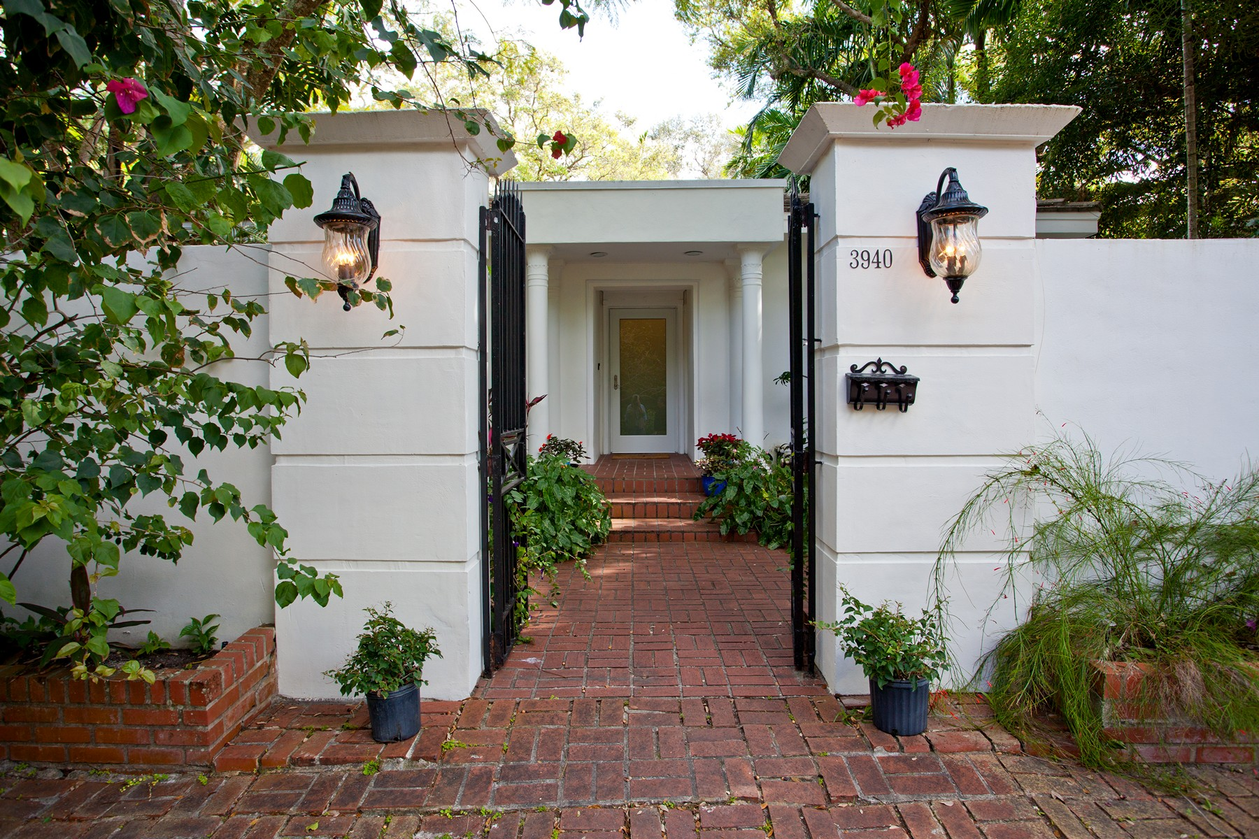 Terreno para Venda às 3940 Utopia Ct 3940 Utopia Ave Coral Gables, Florida 33133 Estados Unidos
