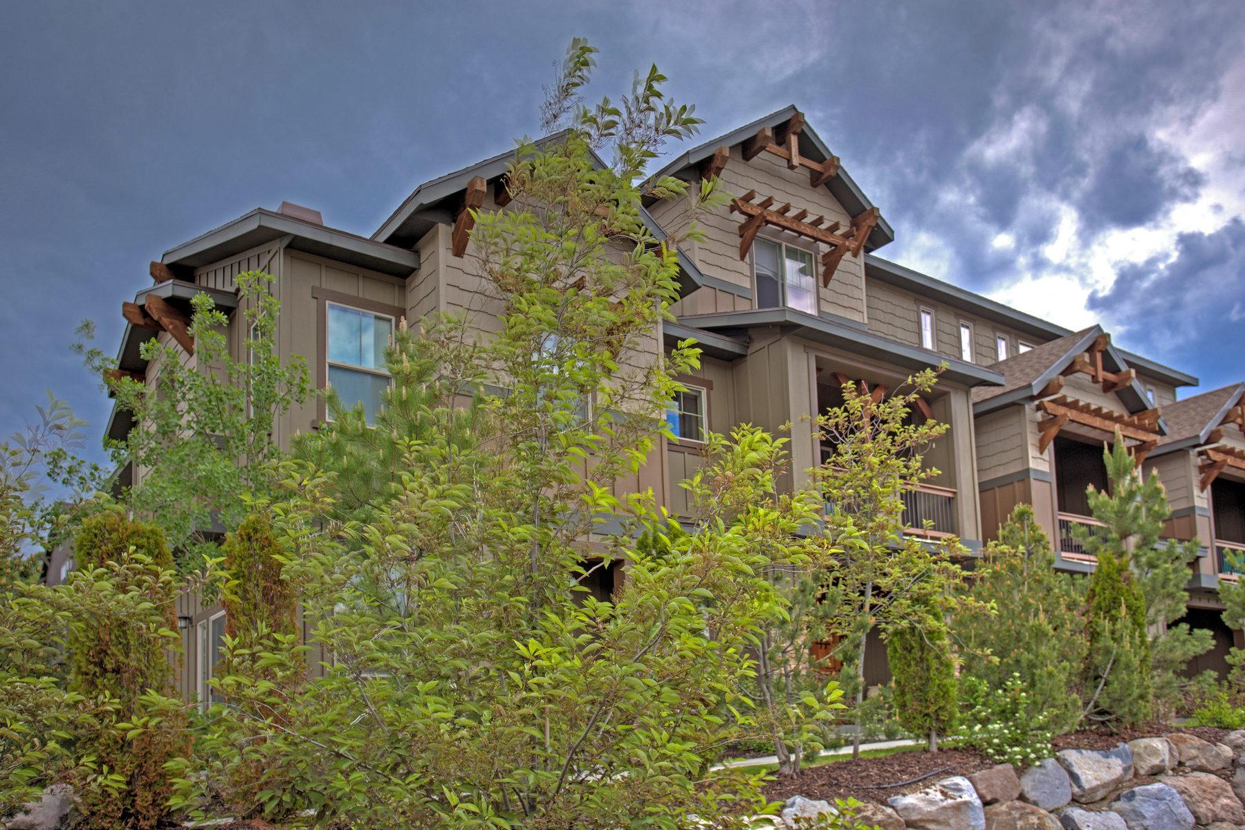 Villetta a schiera per Vendita alle ore Parks Edge Three Bedroom 840 W Carving Edge Ct Heber City, Utah 84032 Stati Uniti