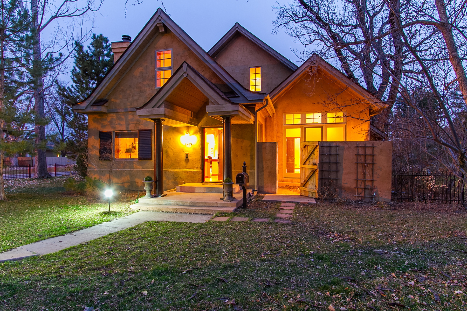 Single Family Home for Sale at Charming Urban Cottage 1989 South Saint Paul Street Denver, Colorado 80210 United States