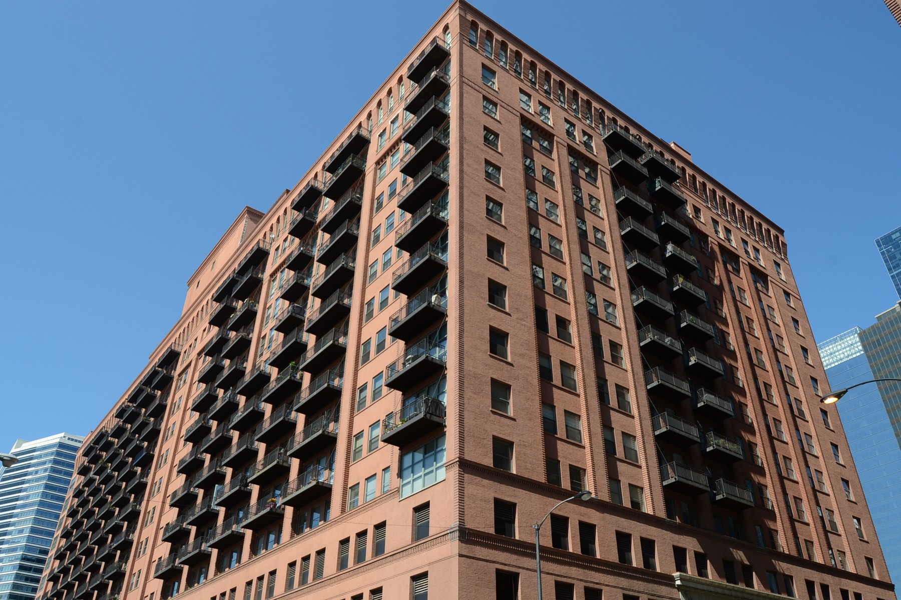 Condominium for Sale at Incredible Space at Randolph Place 165 N Canal Street #617 Near West Side, Chicago, Illinois 60606 United States
