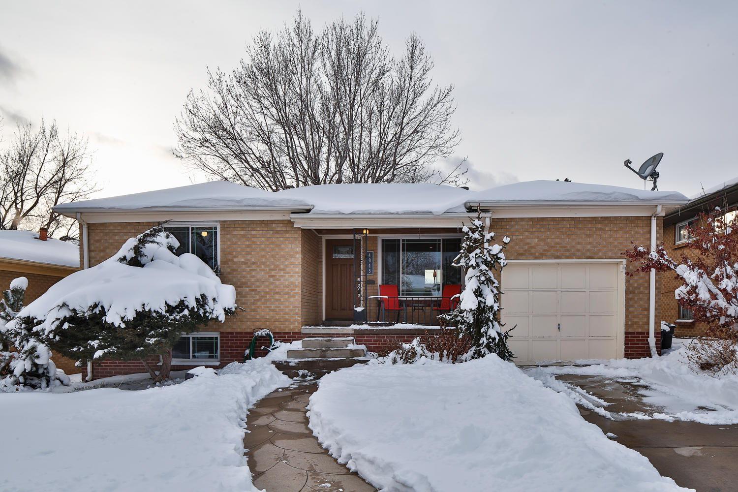 Single Family Home for Sale at Beautifully-remodeled Mid-century Home in Berkeley's Inspiration Park 4945 Fenton Street Berkeley, Denver, Colorado 80212 United States