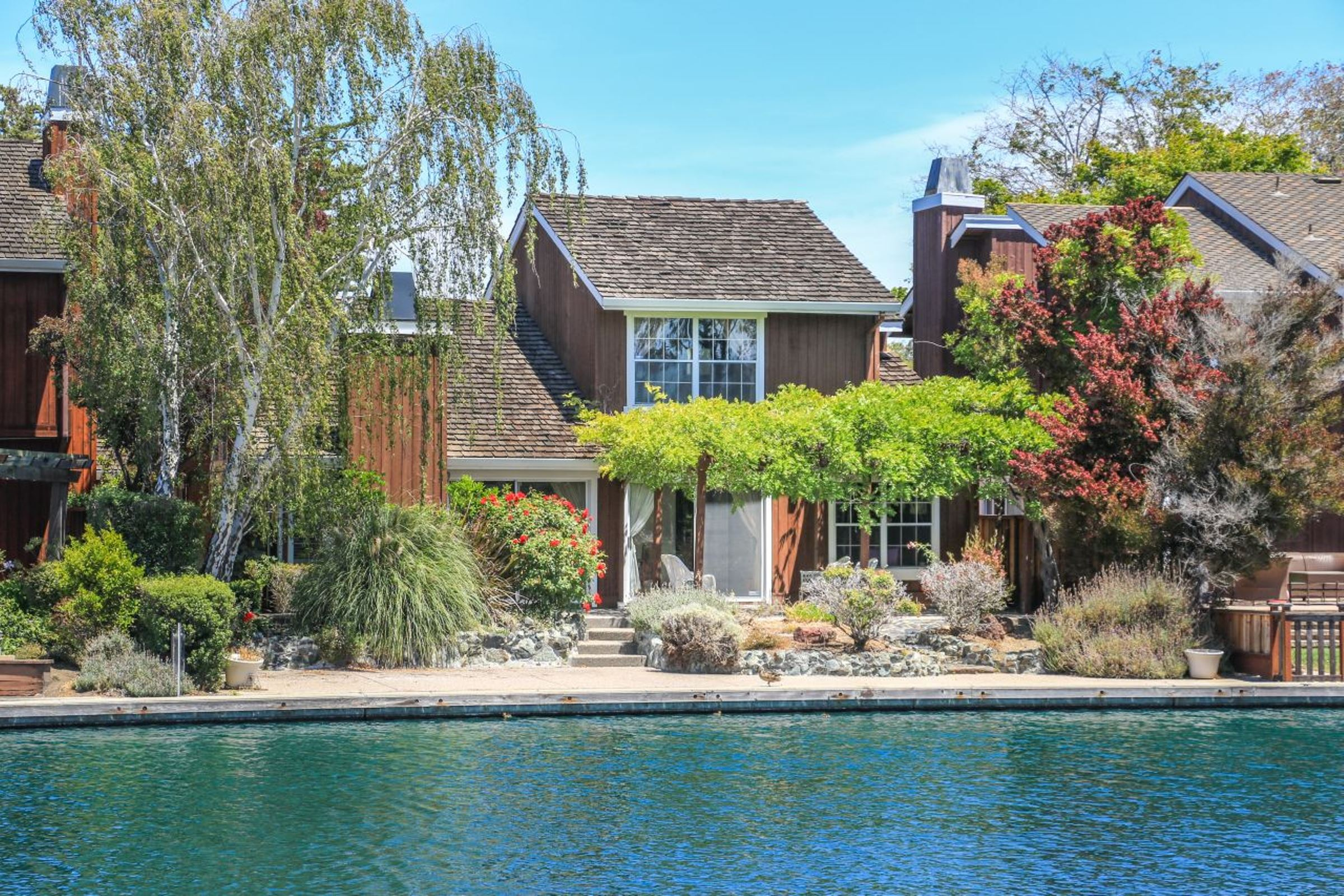 sales property at 908 Aruba Lane, Foster City