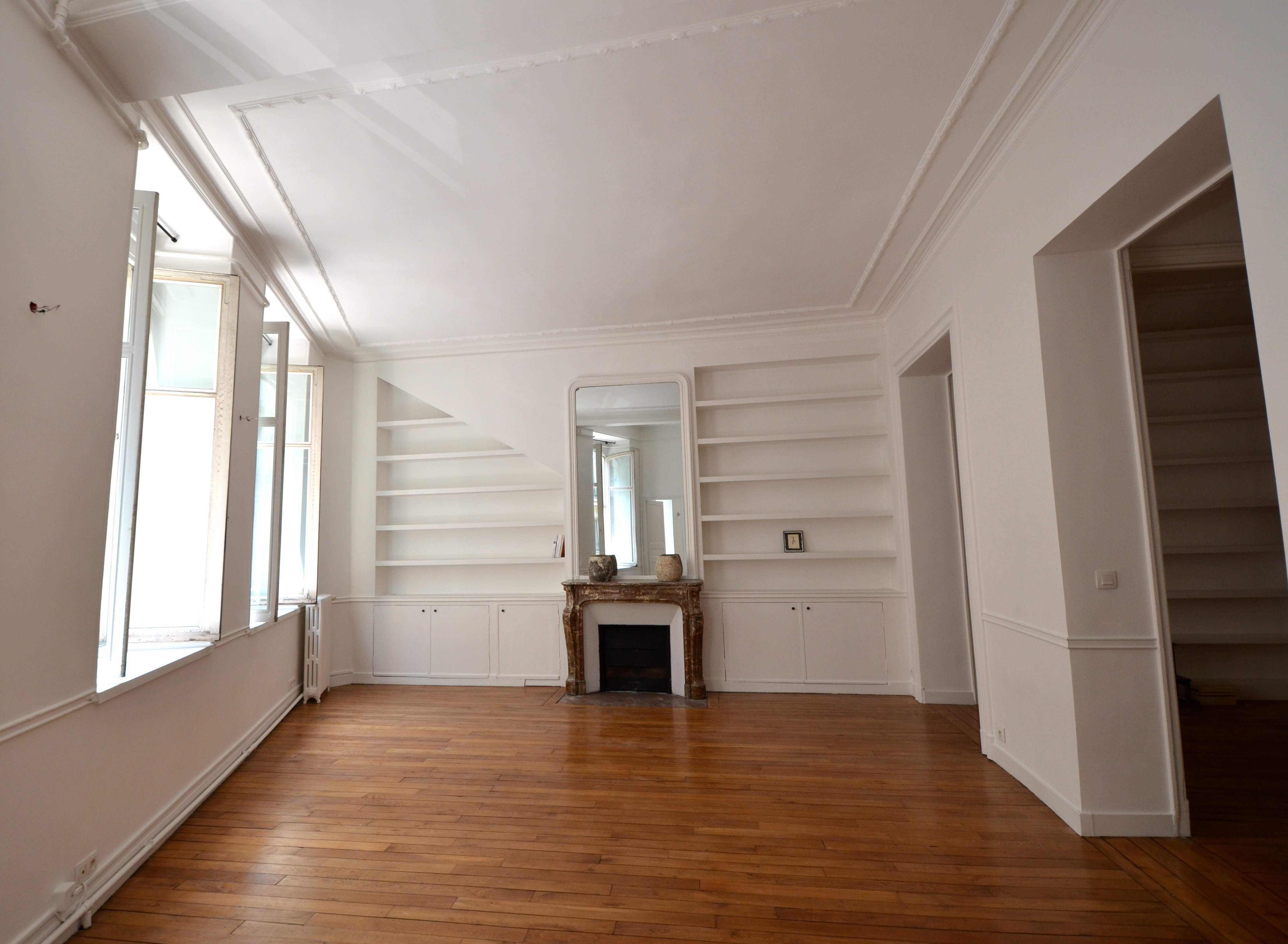 Appartement pour l Vente à Apartment near Pyramides Paris, Paris 75001 France